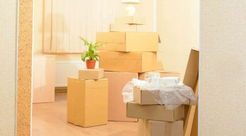 Toss or Keep: Tips for Deciding What to Bring to Your Big Move